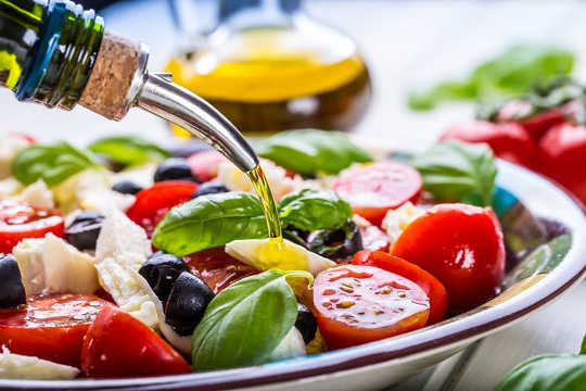 A Mediterranean Diet Reduces The Stroke Risk In Women