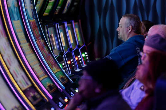 How Gambling Distorts Reality And Hooks Your Brain