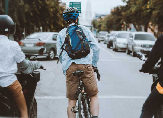 Cycle, Walk, Drive Or Train? Weighing Up The Healthiest And Safest Ways To Get Around The City
