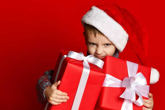 How To Infuse Your Family With The Spirit Of Generosity This Christmas