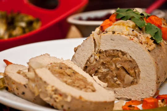 Alternatif bebas daging yang membosankan sehingga kita memerlukan Idea Makan Malam Krismas Vegan yang menarik
