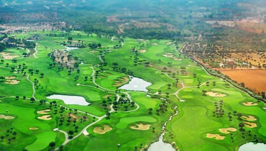 गोल्फ कोर्स का भविष्य गोल्फ कोर्स पर नहीं हो सकता है