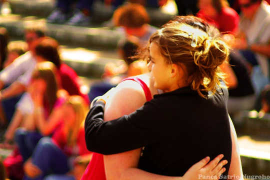 How The Power Of A Hug Can Help You Cope With Conflict