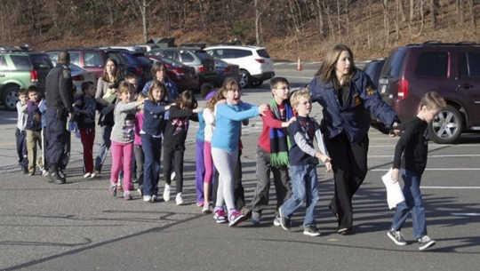 ゼロ許容差規律のポリシーは学校の射撃を修正しない