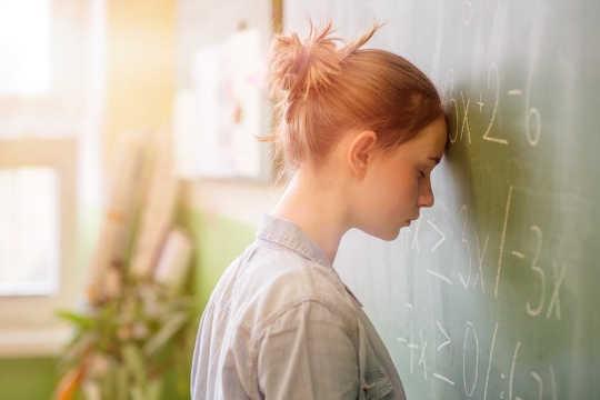 हाई स्कूल की शुरुआत कैसे तनावपूर्ण नहीं होनी चाहिए
