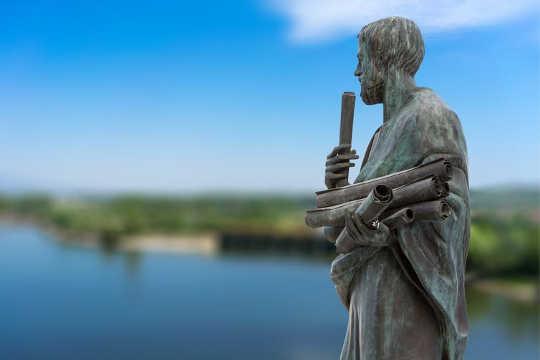 Những gì Aristotle có thể dạy chúng ta về hùng biện của Trump