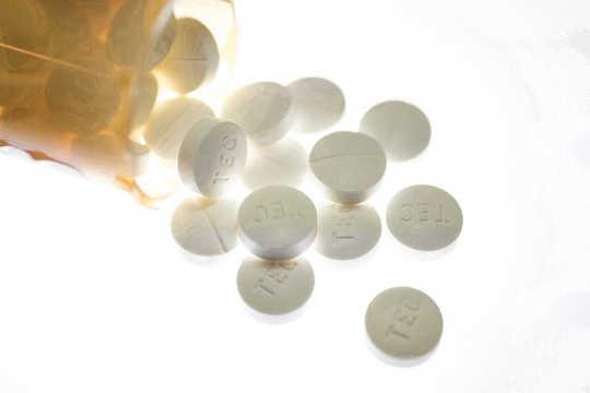 Kung Paano Gamitin ang Cannabis Para Matugunan ang Opioid Crisis