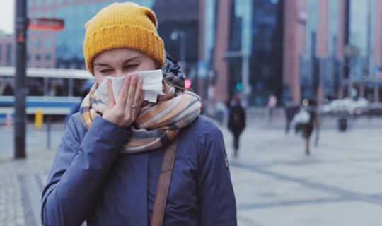 Güçlü Bir Bağışıklık Sistemi Soğuk algınlığının ve Gripin Korunmasına Yardımcı Olur, Ama Tek Etmen Değil