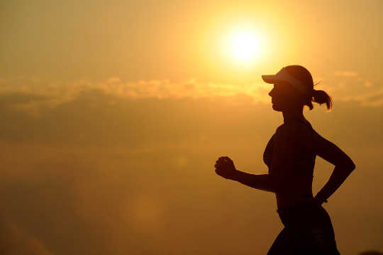 6 Ways To Safely Exercise In Extremely Hot Weather