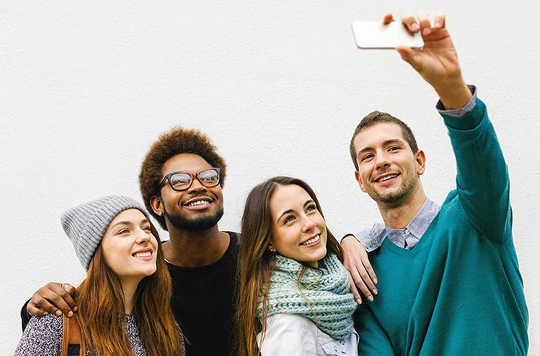Por que os millennials que coabitam tendem a acumular menos riqueza