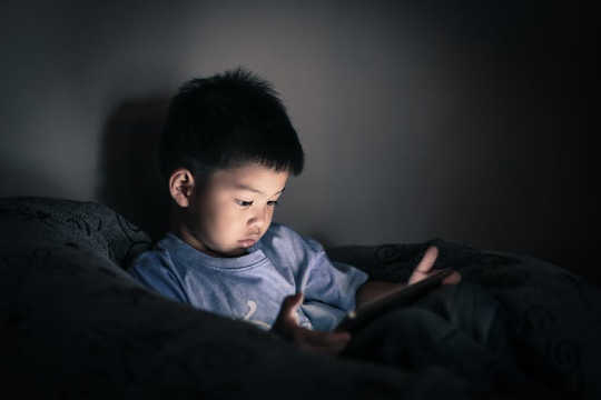 How Screen Time Predicts Delays In Child Development