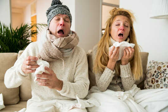 Sore Throat, Cough And Phlegm – All You Need To Know About Your Horrible Cold