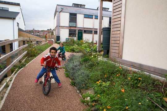 Le strade senza auto di Extinction Rebellion mostrano la possibilità di un futuro bello, sicuro e verde