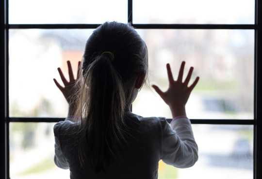 Waarom vroue wat ly aan mishandeling van kinders erge simptome van die menopouse het