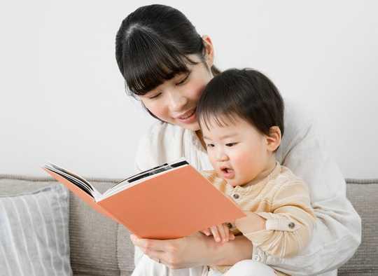 Untuk Otak Bayi Untuk Manfaat, Bacalah Buku-buku Hak Pada Masa yang Tepat