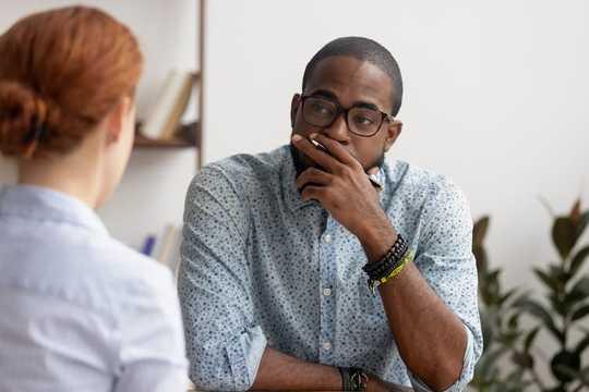 Có gì sai khi nói dối trong một cuộc phỏng vấn xin việc