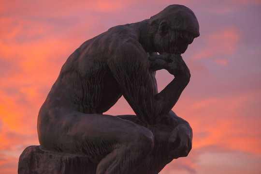 這些偉大的思想家可以幫助您了解當前的政治困境