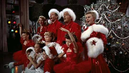Cosa rende i film di Natale così popolari