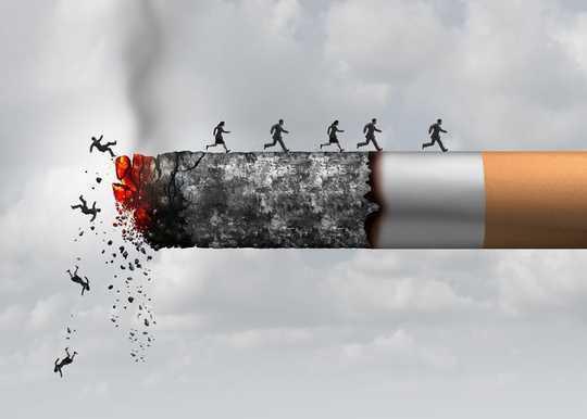 Testi, joka voisi pelastaa tuntemasi pitkäaikaisen tupakoitsijan hengen