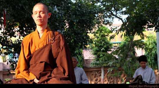 Ứng dụng Thiền có thể làm bạn bình tĩnh - Nhưng Hoa hậu Quan điểm của Phật giáo