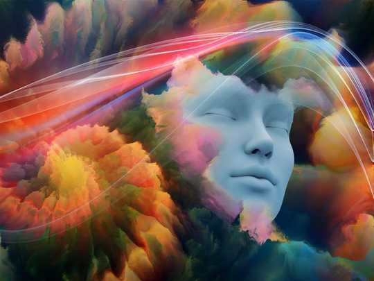 Here's How To Train Your Brain For Lucid Dreaming