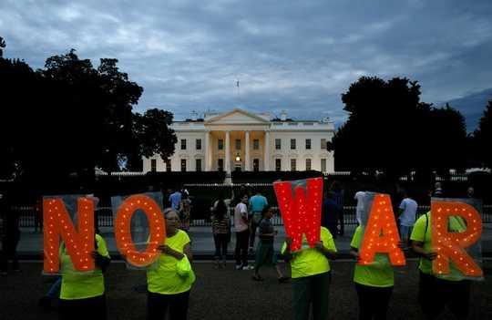 Das Risiko eines Schießkrieges mit dem Iran wächst nach Jahrzehnten wirtschaftlicher Kriegsführung durch die USA