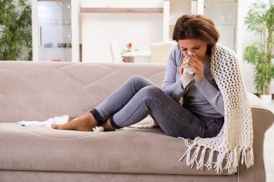 ウイルスはすべて厄介ではありません–一部のウイルスは実際に健康を保護できます