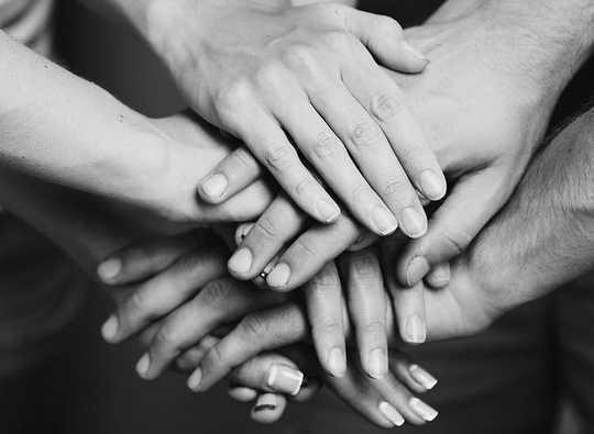 Einfühlungsvermögen ist die geheime Zutat, die Zusammenarbeit und Zivilisation ermöglicht