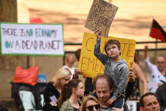 Tại sao các công ty nên cho công nhân của họ tham gia cuộc đình công khí hậu