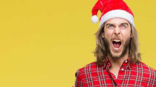 Ser agradecido esta Navidad te beneficia incluso cuando tu familia te está conduciendo plátanos
