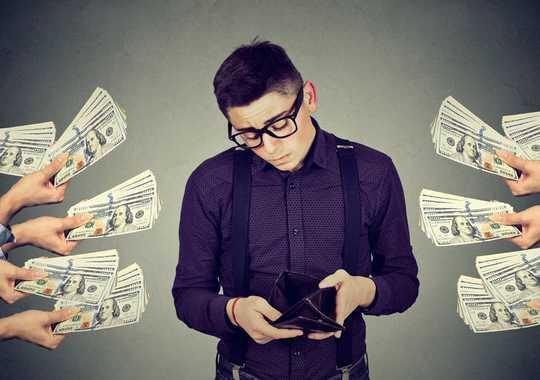 5 Cosas a considerar antes de solicitar un préstamo estudiantil