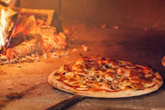 Miksi pizza maistuu niin hyvältä
