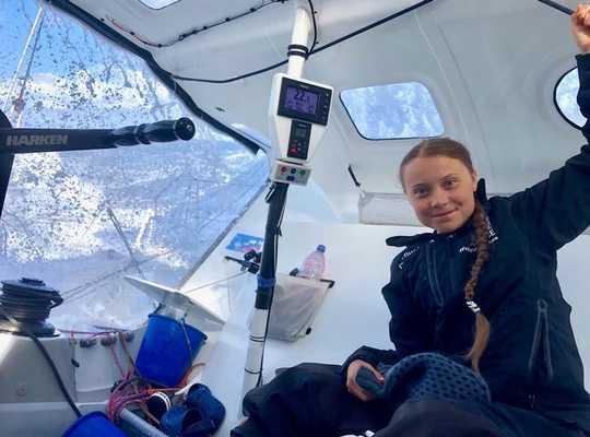 그레타 툰 버그 (Greta Thunberg)는 뉴욕을 무공해로 만들었습니다.