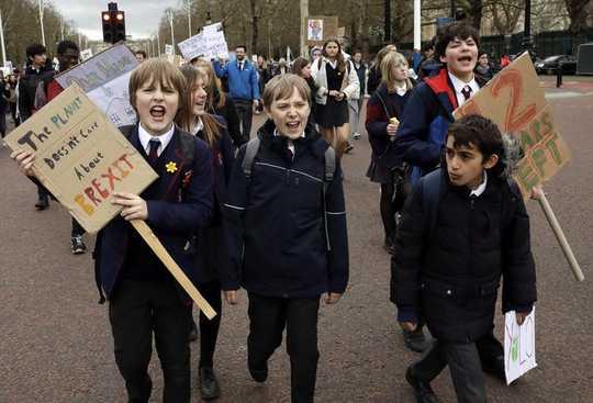 Como os protestos da juventude moldaram a discussão sobre as mudanças climáticas