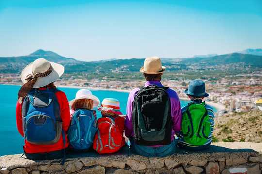 4 Ways To Keep Kids Learning While Travelling