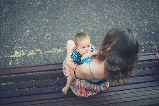Want To Breastfeed? These 5 Things Will Make It Easier