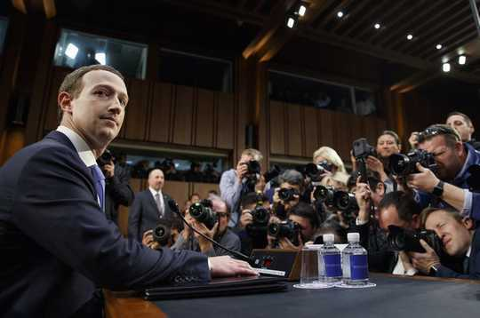 Facebookの透明性への取り組みが広告を表示する主な理由を隠す
