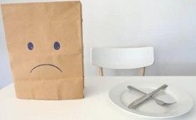 Visse autismetrekk kan allerede gjøre det vanskelig å spise for noen. (kobling mellom autisme og spiseforstyrrelser kan skyldes manglende evne til å identifisere følelser)