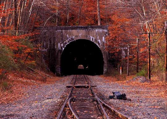 Die D-trein ry: opstaan en iets anders doen