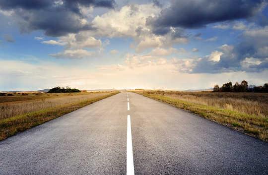 Jalan Pelaksanaan Diri: Hidup Sejati Kepada Siapa Kami Benar