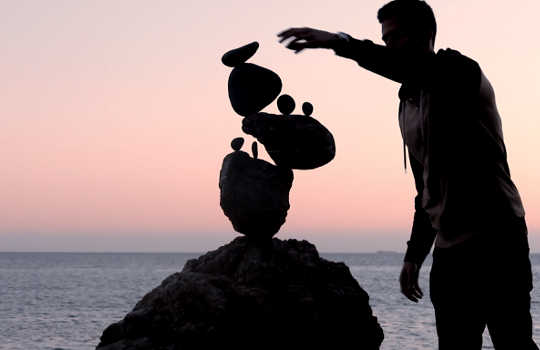 The Rock Balancer's Guide to Mindfulness and Peace of Mind