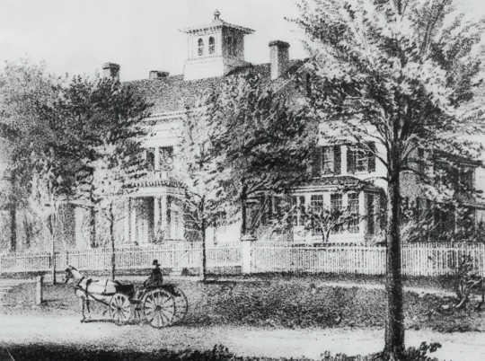 马萨诸塞州阿默斯特的狄金森故居。