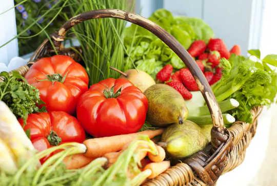 Bagaimana Pemakanan yang Baik Dapat Menyumbang Untuk Menjauhkan Penyakit