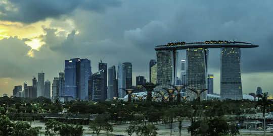 Kaupungit, kuten Singapore, lämpenevät. (tuleeko tropiikista lopulta asumatonta)