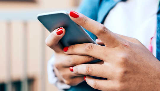 How Women Use Mobile Apps To Learn About Sexuality and Improve Their Sexual Relationships