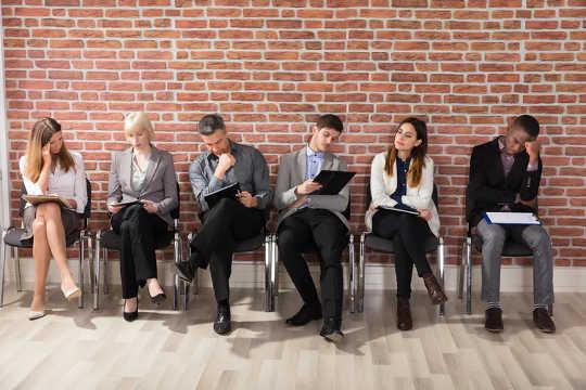Hvorfor flere selskaper ansetter autistiske mennesker