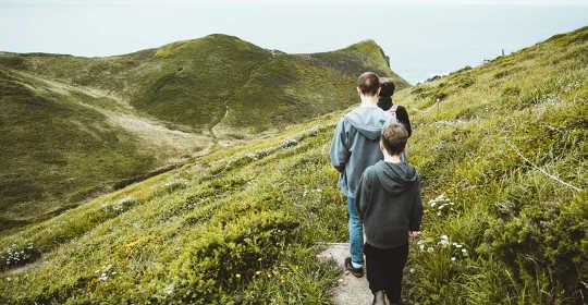 Le prove dei benefici psicologici della natura stanno crescendo. (come un'agenda radicale basata sulla natura aiuterebbe la società a superare gli effetti psicologici del coronavirus)