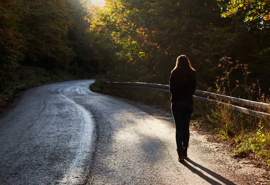 为什么即使没有选择孤独也能有所帮助