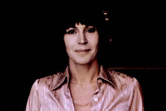 Helen Reddy의 음악이 여성을 무적이라고 느끼게 만든 이유