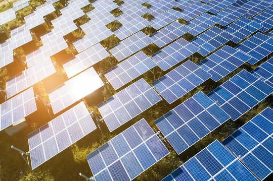 Låter galet? Australien kunde snart exportera solsken till Asien